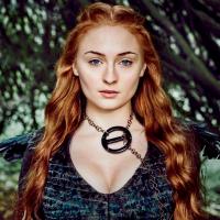 """De """"Game of Thrones"""": na 7ª temporada, Sophie Turner, a Sansa, revela que novas mortes acontecerão!"""