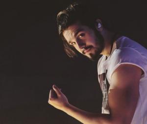 Luan Santana publica foto sem camisa durante viagem nos EUA e arranca elogios dos fãs