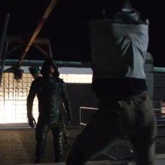 """Em """"Arrow"""": na 5ª temporada, Oliver (Stephen Amell) volta mais violento e com novo time!"""