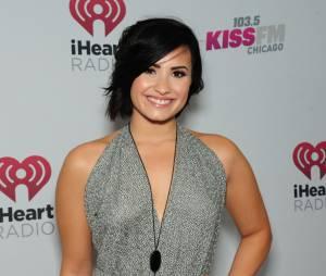 Demi Lovato não esconde seu favoritismo porHillary Clinton nas eleições americanas