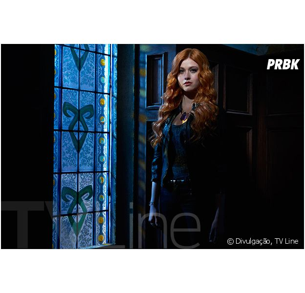 """De """"Shadowrunter"""": na 2ª temporada, Clary (Katherine McNamara) aparece em primeira imagem do novo ano da série!"""