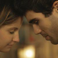 """Novela """"Malhação"""": Nanda (Amanda de Godoi) e Rômulo transam pela 1ª vez e jovem se sente culpada!"""