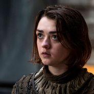 """De """"Game of Thrones"""": 7ª temporada ganha fotos de bastidores com Maise Williams em novo visual!"""