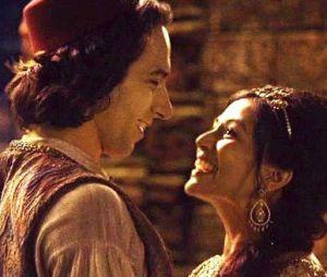 "Em ""Once Upon a Time"": história de Jasmine (Karen David) e Aladdin (Deniz Akdeniz) pode ajudar Emma (Jennifer Morrison)!"