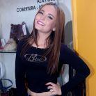 """Larissa Manoela, de """"Cúmplices de Um Resgate"""", dança com Ingrid Guimarães para divulgar novo filme!"""