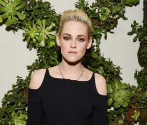 Kristen Stewart brilha no ELLE Women In Hollywood Awards 2016