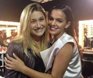 Bruna Marquezine e Sasha Meneghel estarão no desfile da Coca-Cola Jeans
