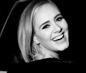 """Adele revela que escreveu o CD """"21"""" completamente bêbada em entrevista à """"Vanity Fair"""""""
