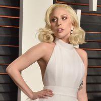 Lady Gaga lidera protesto em Nova York, após Donald Trump ser eleito presidente dos EUA