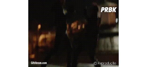 Final da 2ª temporada de Arrow tem luta marcante de Slade e Oliver