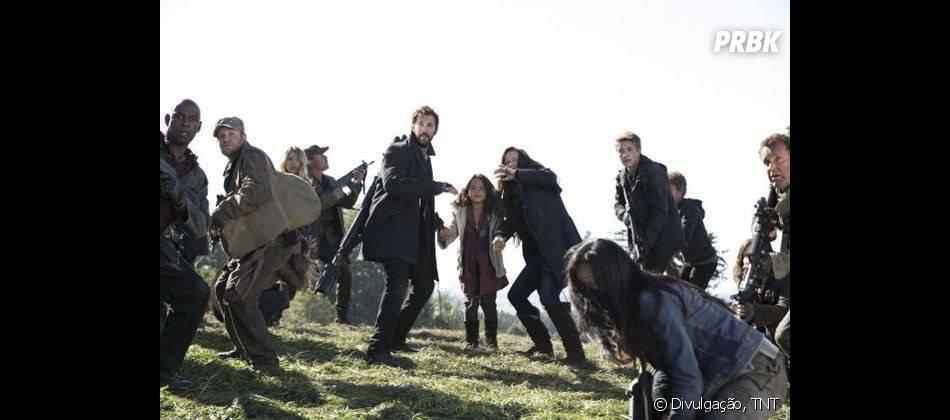 """A família de Tom (Noah Wyle) vai se separar em """"Falling Skies"""""""