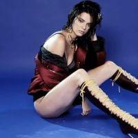 Kendall Jenner posa sexy de lingerie para calendário comemorativo de revista!