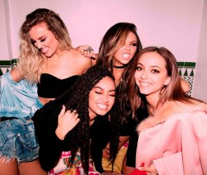 "Little Mix canta ""Oops"", com Charlie Puth, e ""Touch"", novo single do álbum ""Glory Days"", na final do ""The X Factor UK"""