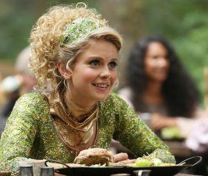 """Em """"Once Upon a Time"""": na 6ª temporada, Tinker Bell (Rose McIver) voltará a história!"""