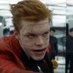 """Em """"Gotham"""": na 3ª temporada, Jerome se transforma em Coringa em foto dos bastidores!"""