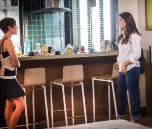 "Marina (Alice Wegmann) e Letícia (Isabella Santoni) ficam cara a a cara pela primeira vez em ""A Lei do Amor"", novela da Globo"