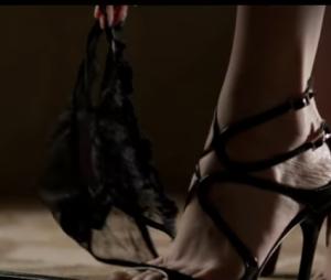 "Anastasia (Dakota Johnson) ousa ainda mais em ""50 Tons Mais Escuros"""