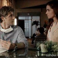 """Na trama """"Em Família"""": Cadu imprensa Clara e ela assume encontro com Marina"""