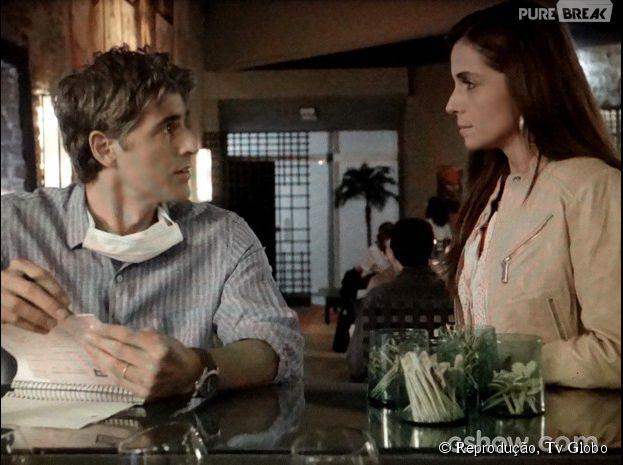 """Na trama de """"Em Família"""", Cadu (Reynaldo Gianecchini) não aguenta mais as mentiras de Clara (Giovanna Antonelli) e pede mais sinceridade!"""