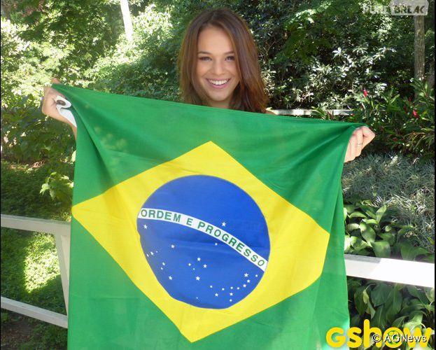 """Bruna Marquezine está empolgada para a estreia de Neymar na abertura da Copa do Mundo: """"Vamos torcer muito"""""""