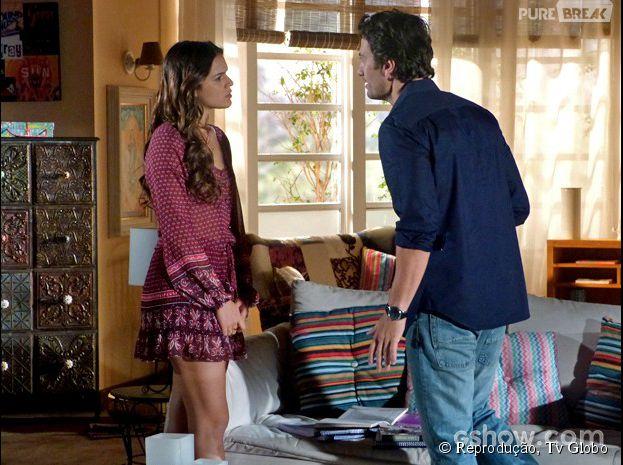 """Na trama de """"Em Família"""", Luiza (Bruna Marquezine) pede lealdade a Laerte (Gabriel Braga Nunes), mas acaba dando um tempo na relação."""