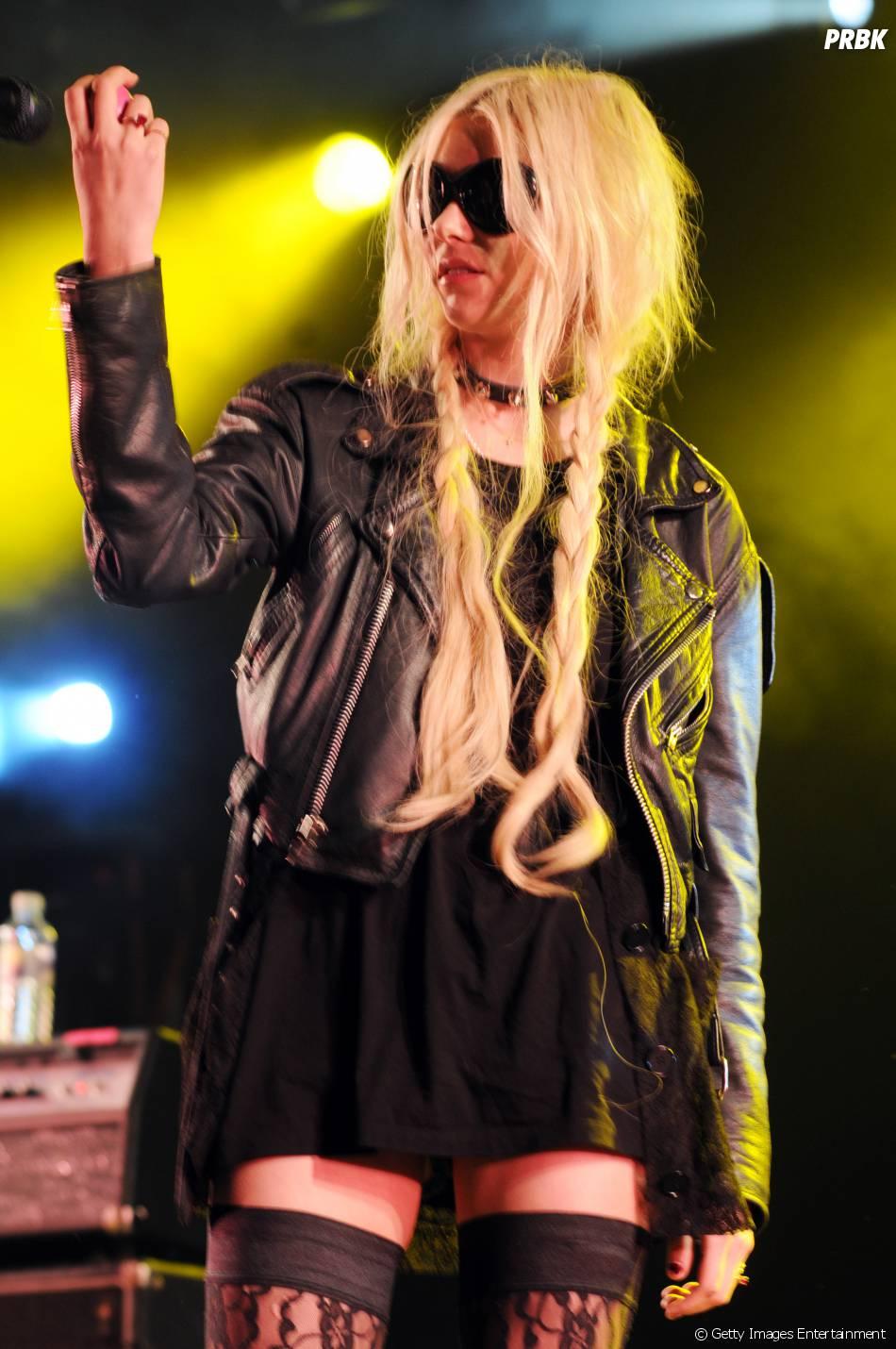A cantora Taylor Momse... Taylor Momsen Dead