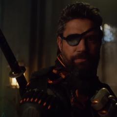 """Em """"Arrow"""": na 5ª temporada, Exterminador tem volta confirmada em novo trailer do último episódio!"""