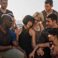 """De """"Sense8"""": fãs da série pedem renovação para 3ª temporada no Twitter!"""