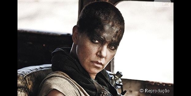 "Em ""Mad Max: Fury Road"", Charlize Theron interpreta a Imperatriz Furiosa"