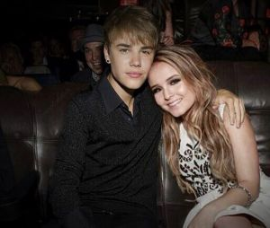 Larissa Manoela é muito fã do Justin Bieber e fala sobre sonho de parceria