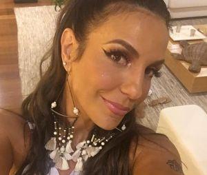 Larissa Manoela fala sobre possível parceria com Ivete Sangalo