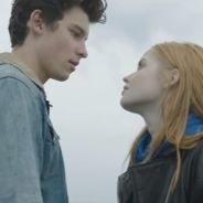 "Shawn Mendes lança clipe de ""There's Nothing Holdin' Me Back"" com muito romance! Confira"