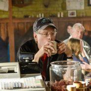 """Estreia da 2ª temporada de """"Under the Dome"""" teve participação de Stephen King"""