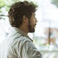"""Novela """"Os Dias Eram Assim"""": Gustavo baterá em Renato por causa de Rimena!"""