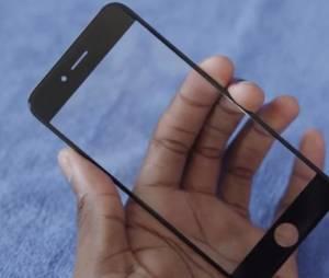 """o """"Saphira Glass"""" do novo iPhone 6 além de mais resitente provoca menos opacidade"""