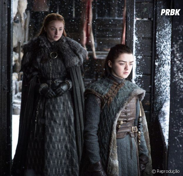 """Em """"Game of Thrones"""": ator explica aproximação de Arya (Maisie Williams) e Sansa (Sophie Turner)"""
