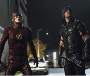 """""""Arrow"""", """"The Flash"""" e mais: veja a reação dos fãs das séries com o hiato!"""