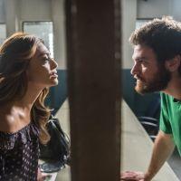 """Final """"A Força do Querer"""": Bibi (Juliana Paes) visita Rubinho na prisão e revela traição!"""