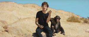 One Direction, Taylor Swift, Selena Gomez e mais: 10 clipes que ninguém entende!