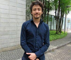 """Jesuíta Barbosa será o vilão da novela """"Verão 90º"""""""