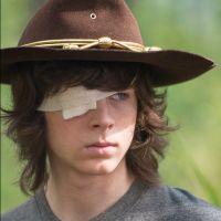 """Em """"The Walking Dead"""": na 8ª temporada, Carl em apuros levanta suspeitas de morte na série"""