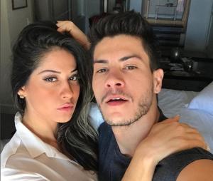 Arthur Aguiar e Mayra Cardi formam um dos casais que vai subir ao altar em 2018