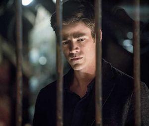 """Em """"The Flash"""", Barry (Grant Gustin) vive situação complicada na 3ª temporada"""