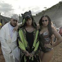 """De """"Machika"""": Anitta surge soberana em nova prévia do clipe da parceria com J Balvin"""