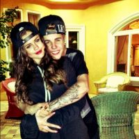 Justin Bieber e Selena Gomez são flagrados juntos no Valentine's Day