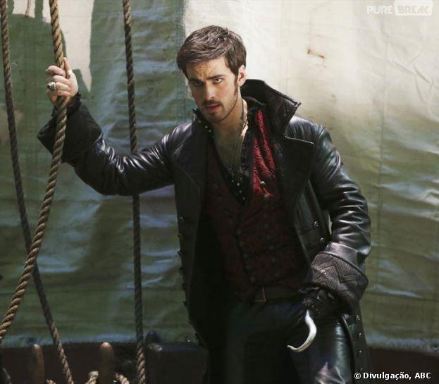 """Hook (Colin O'Donoghue) está de volta com tudo, na quarta temporada de """"Once Upon a Time"""""""