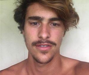 """Bruno Montaleone viverá Johnny, irmão de Mariano (Juliano Cazarré) em """"O Outro Lado do Paraíso"""""""