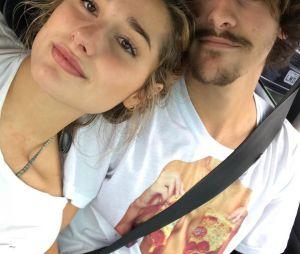 Bruno Montaleone conta sobre seu relacionamento com Sasha Meneghel e diz que é normal as pessoas quererem saber de sua intimidade