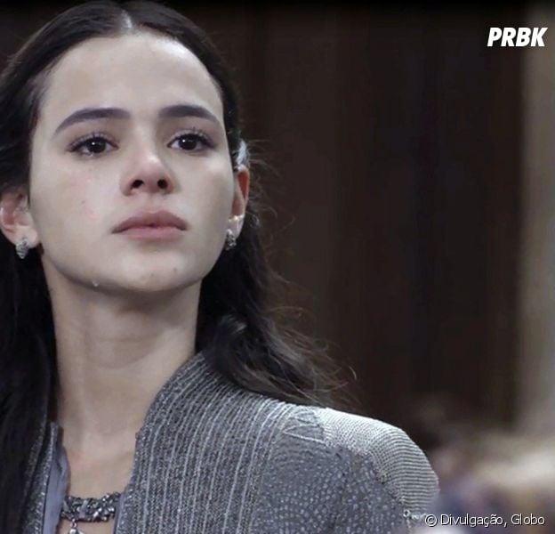 """Em """"Deus Salve o Rei"""", Catarina (Bruna Marquezine) acusa Amália (Marina Ruy Barbosa) por guerra"""