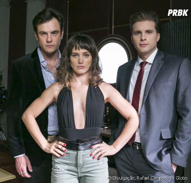 """Em """"O Outro Lado do Paraíso"""": Clara (Bianca Bin) finge que volta com Gael (Sergio Guizé), o que faz Patrick (Thiago Fragoso) sofrer"""
